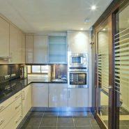 Bahia de la Plata front line beach Estepona_kitchen_Realista Quality Properties Marbella