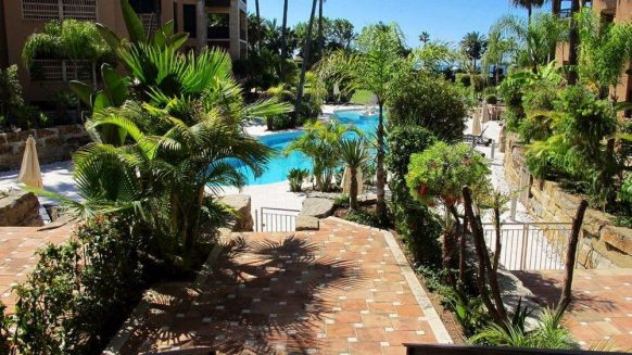 Casablanca Beach_2 bedroom duplex apartment_communal area_Realista Quality Properties Marbella
