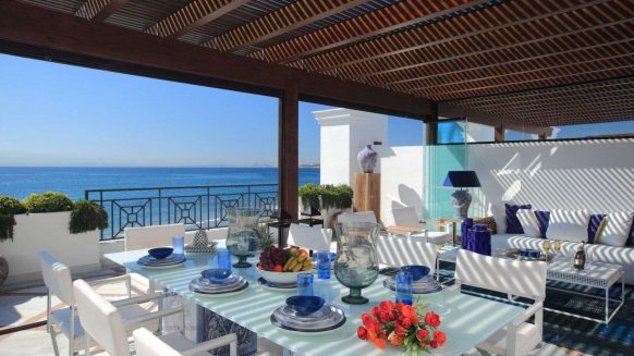 Doncell Beach Estepona_5 bedroom duplex penthouse_terrace_Realista Quality Properties Marbella