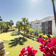 Hoyo 19 Los Flamingos Golf Resort_2 bedroom apartment_Commuanl Graden area_Realista Quality Properties Marbella