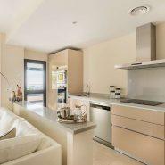 Hoyo 19 Los Flamingos Golf Resort_2 bedroom apartment_Kitchen_Realista Quality Properties Marbella