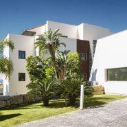 Hoyo 19 Los Flamingos Golf Resort_2 bedroom apartment_entrance_Realista Quality Properties Marbella