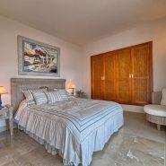 Las Lomas de la Quinta Benahavis_ground floor corner apartment for sale_Guest bedroom II_Realista Quality Properties Marbella