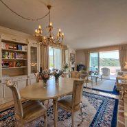 Las Lomas de la Quinta Benahavis_ground floor corner apartment for sale_livingroom_Realista Quality Properties Marbella
