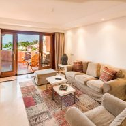 Mar Azul Estepona Beach front penthouse_Living room _Realista Quality Properties Marbella