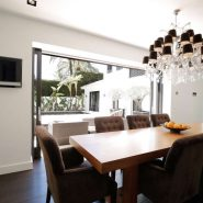 Modern villa for sale Los Monteros Playa_Dining area_Realista Quality Properties Marbella