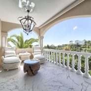 Villa marbella Hill Club for sale_covered terrace II_Realista Quality Properties Marbella
