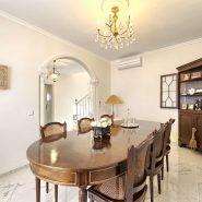 Villa marbella Hill Club for sale_dining room_Realista Quality Properties Marbella