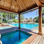 Country style villa beachside guadalmina san pedro marbella_Jaccuzie bath_Realista Quality Properties Marbella