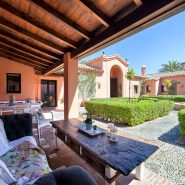 Country style villa beachside guadalmina san pedro marbella_Patio_Realista Quality Properties Marbella