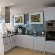Arrayanes Golf penthouse_open plan kitchen_Realista Quality Properties Marbella