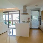 Botanic Los Arqueros new project_ open plan kitchen_Realista Quality Properties Marbella