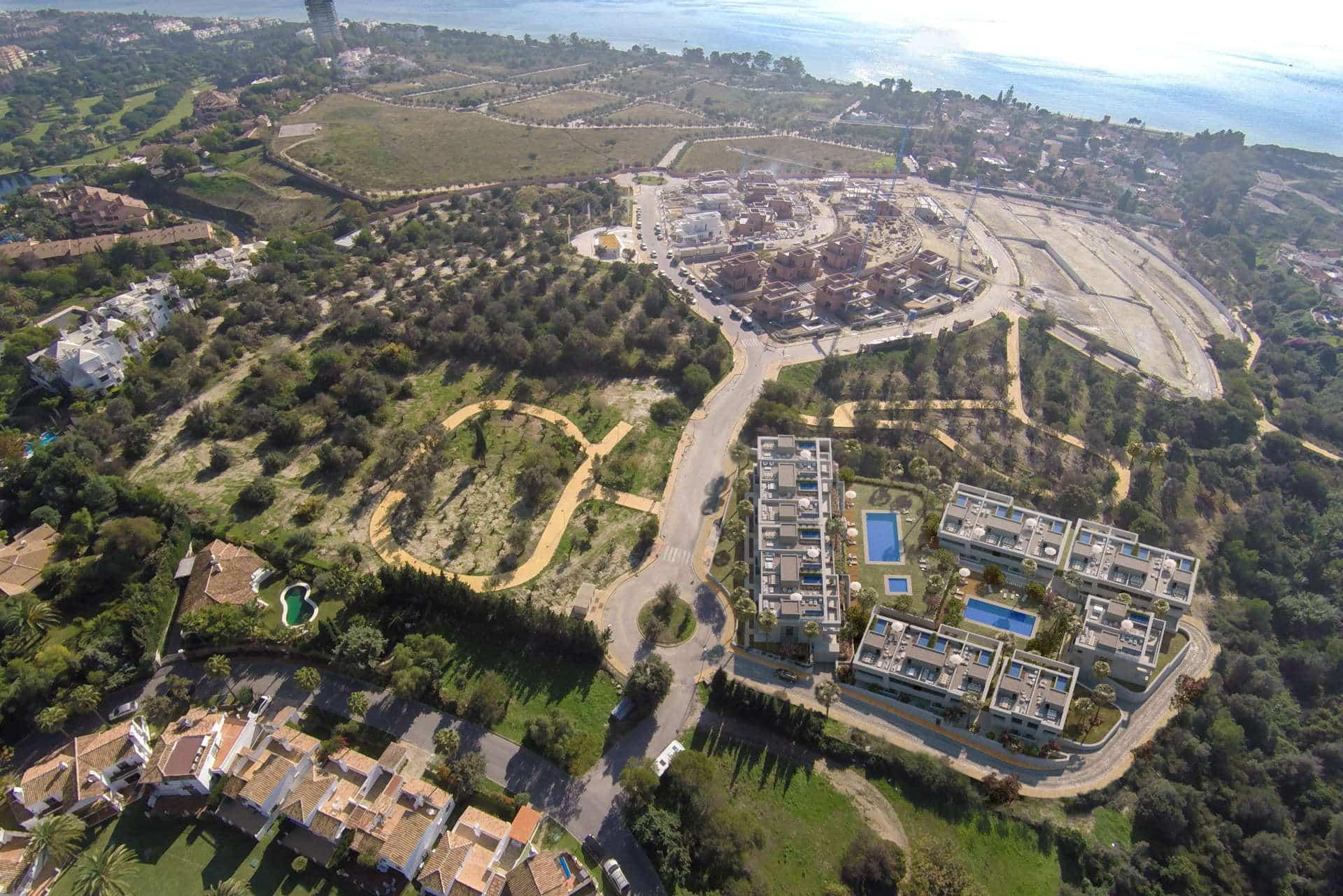 La finca de marbella townhouses and villas in rio real for Chalets en la finca