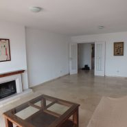3 bedroom apartment Estepona New Golden Mile for sale Selwo_ Large living room_Realista Quality Properties Marbella