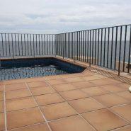 Bahia de la Plata penthouse_swimmingpool terrace_Realista Quality Properties Marbella