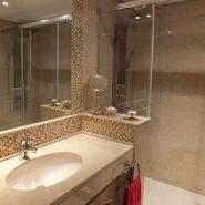 Bahia del Velerin_2 bedroom apartment_Master bathroom I_Realista Quality Properties Marbella