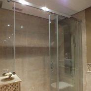 Bahia del Velerin_2 bedroom apartment_Master bathroom_Realista Quality Properties Marbella