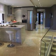 Casablanca Beach_2 bedroom duplex apartment_kitchen_Realista Quality Properties Marbella