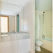 Golf Hills Estepona_3 bedroom apartment_ Bathroom_Realista Quality Properties Marbella