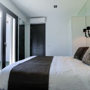 Modern villa for sale Los Monteros Playa_guest bedroom I_Realista Quality Properties Marbella
