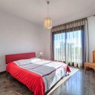 Villa Los Flamingos 5 bedroom_ Guest Bedroom I_Realista Quality Properties Marbella
