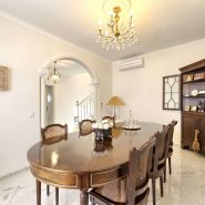 Villa marbella Hill Club for sale_dining room_Realista Quality Properties Marbella