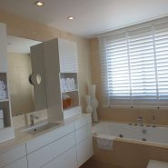 Arrayanes Golf penthouse_master bathroom II_Realista Quality Properties Marbella