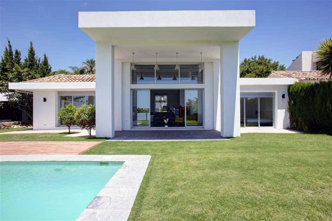 Villa te koop Los Naranjos Golf Nueva Andalucia Marbella