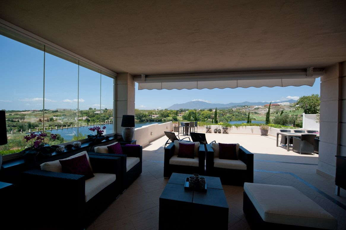 spacoius top qualtity 3 bedroom apartment in El lago de Los Flamingos
