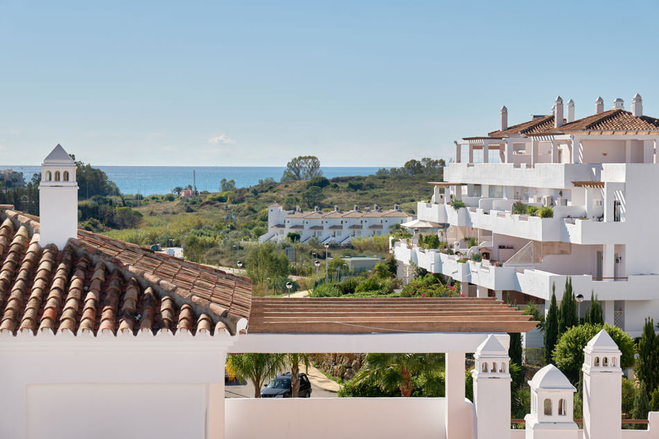 Penthouse with enormous terrace and excellent views Estepona