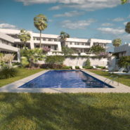 a Finca Town house for sale_Large swimmimg pool_Realista Quality Properties Marbella