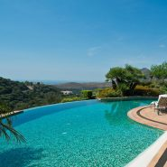 Luxury and private villa with sea views for sale in La Zagaleta Golf & Country Club_Swimming pool II_Realista Quality Properties Marbella