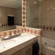 Bahia del Velerin_2 bedroom apartment_guest bathroom_Realista Quality Properties Marbella