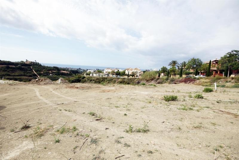 Plot within the Los Flamingos Golf Resort offering great views %sep%%