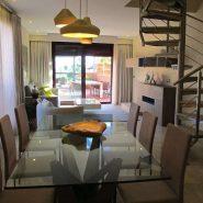 Casablanca Beach frontline beach _3 bedroom duplex penthouse_Livingroom I_Realista Quality Properties Marbella