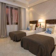 Mar Azul Estepona_Beach front_Guest bedroom I_Realista Quality Properties Marbella