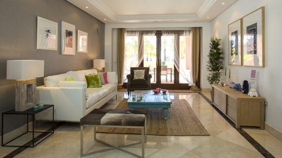 Modern appartement te koop aan het strand in Mar Azul Estepona_Realista Quality Properties Marbella