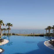 Mar Azul Estepona_Beach front_swimming pool IV_Realista Quality Properties Marbella