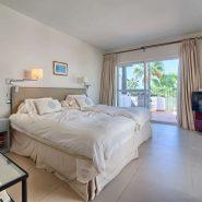Marina Puente Romano_Duplex penthouse_Guest bedroom I_realista Quality Properties Marbella