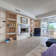 Marina Puente Romano_Duplex penthouse_Living room I_realista Quality Properties Marbella