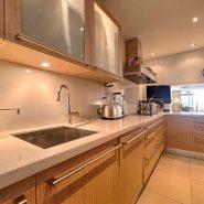 Marina Puente Romano_Duplex penthouse_kitchen I_realista Quality Properties Marbella
