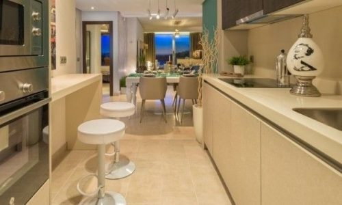 Modern appartement Floresta Sur La Mairena Elviria_Kitchen_Realista Quality Properties Marbella
