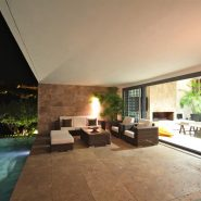 Modern design villa for sale in Capanes del Sur Benahavis_terrace at night_Realista Quality Properties Marbella