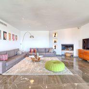 Villa Los Flamingos 5 bedroom_Tv room_Realista Quality Properties Marbella