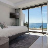 Les Rivages_3 bedroom apartment_Master bedroom_Realista Quality Properties Marbella