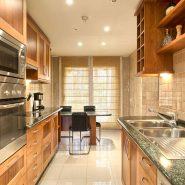 La Alzambra Puerto Banus_kitchen I_Realista Quality Properties Marbella