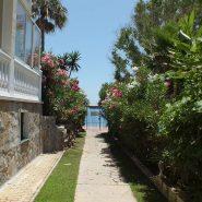 Garden Beach Townhouse Estepona for sale_walking distance to Estpona center_ Quality Properties Marbella (2)