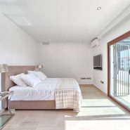 Villa Nueva Andalucia te koop_ loop afstand Puerto Banus Marbella_ Realista Quality Propeties Marbella 15