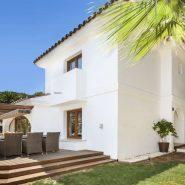 Elviria met grote tuin_Realista Quality Properties Marbella 17