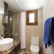 Elviria met grote tuin_Realista Quality Properties Marbella 9